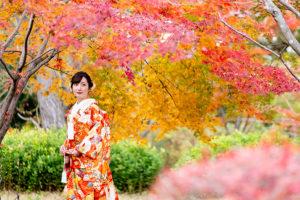 藤田邸跡公園の紅葉前撮り