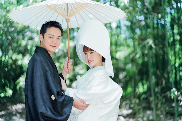 竹林で綿帽子をつけた白無垢前撮り